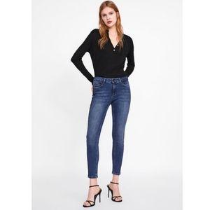 Zara Mid Rise Skinny Jean Z1975